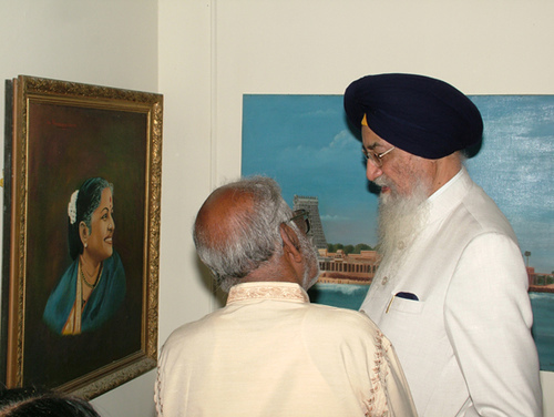 Governor praises the portrait of M.S
